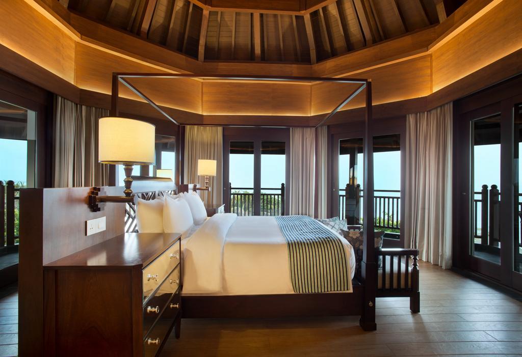 Горящие туры в отель Holiday Inn Resort Bali Benoa Танжунг-Беноа