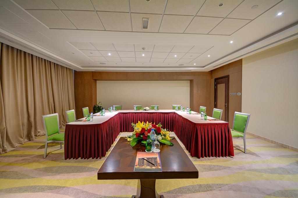Copthorne Hotel ОАЭ цены