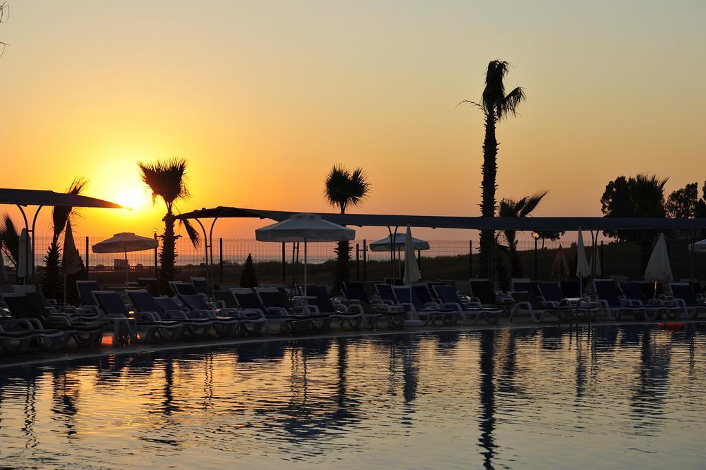 Hotel Cenger Beach цена