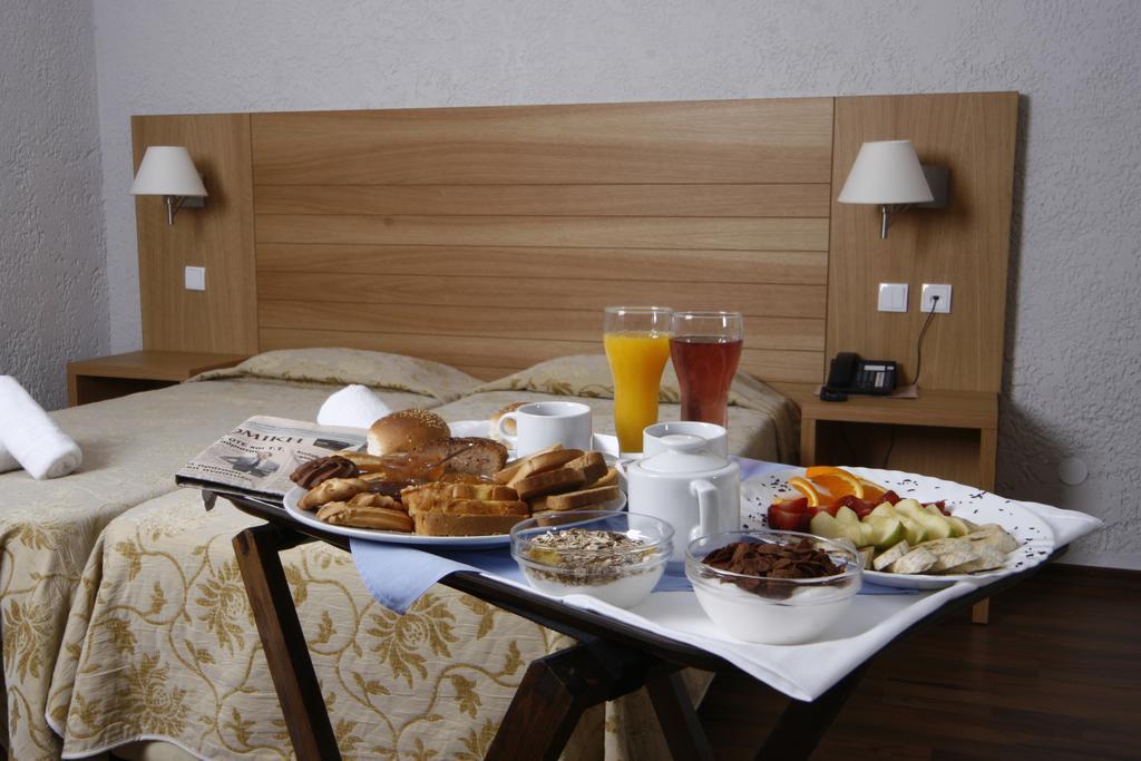 Фото готелю Poseidon Palace Leptokaria