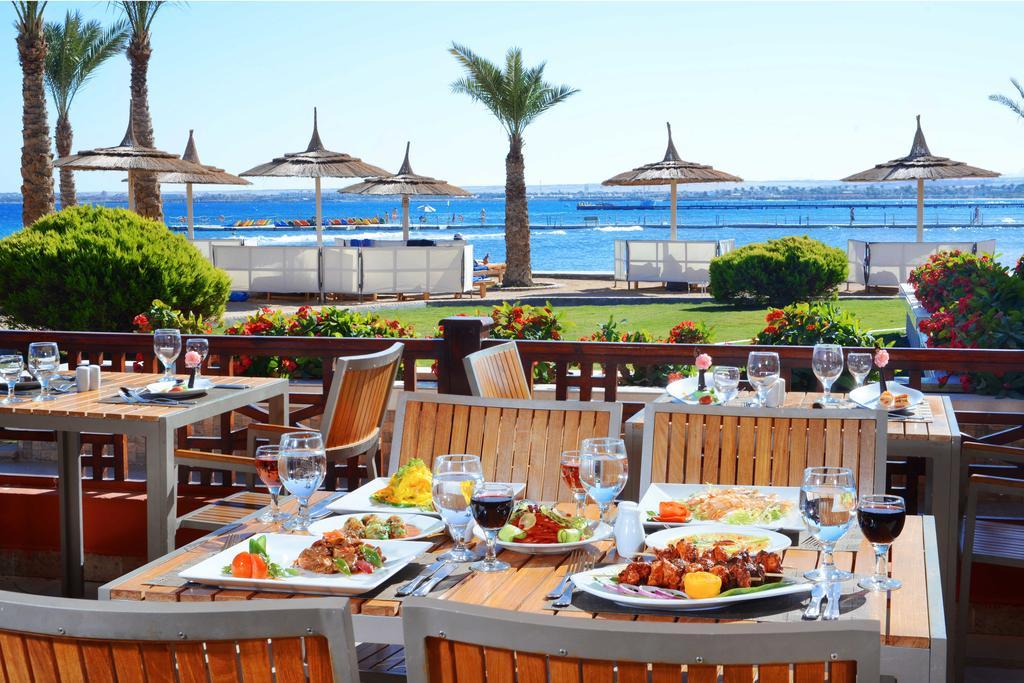Тури в готель Beach Albatros Resort Хургада
