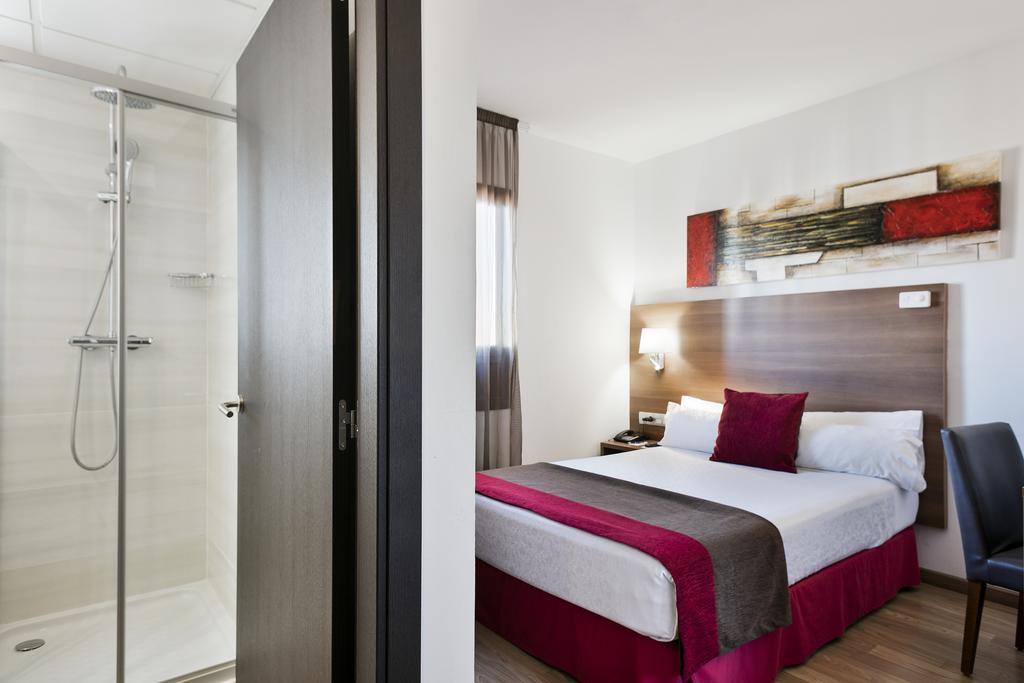 Туры в отель Auto Hogar Барселона
