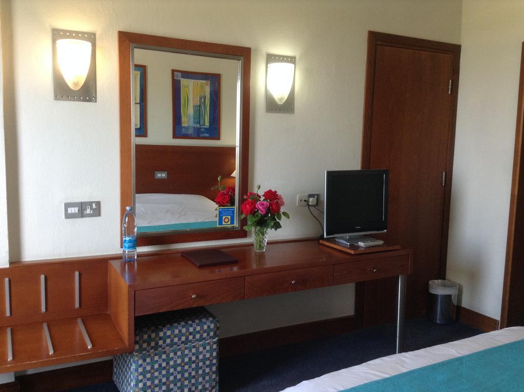 Горящие туры в отель Crown Resort Horizon Hotel Пафос Кипр