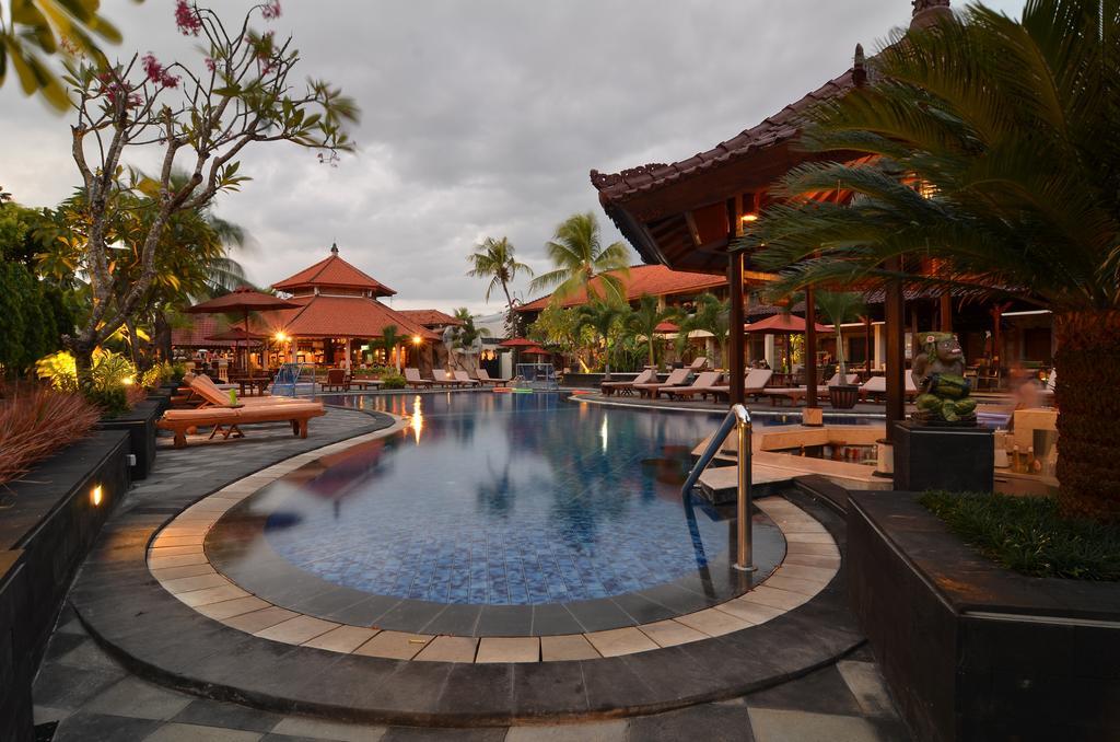 Отдых в отеле Sol House Bali Kuta Кута