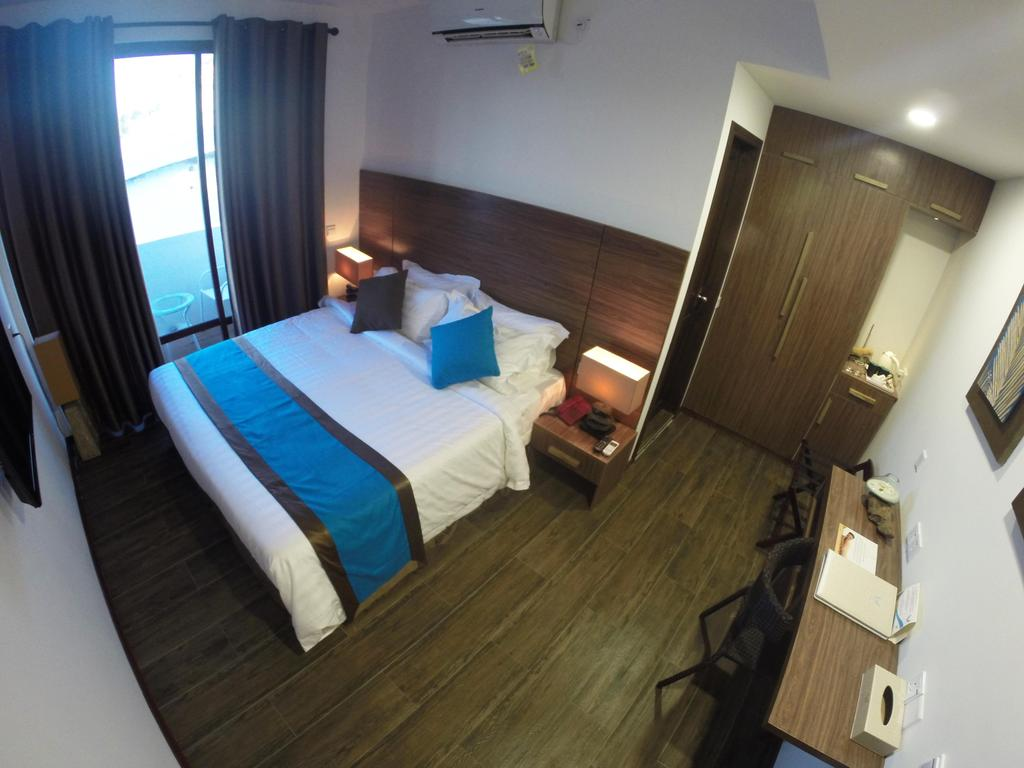 Фото отеля Beachwood Hotel