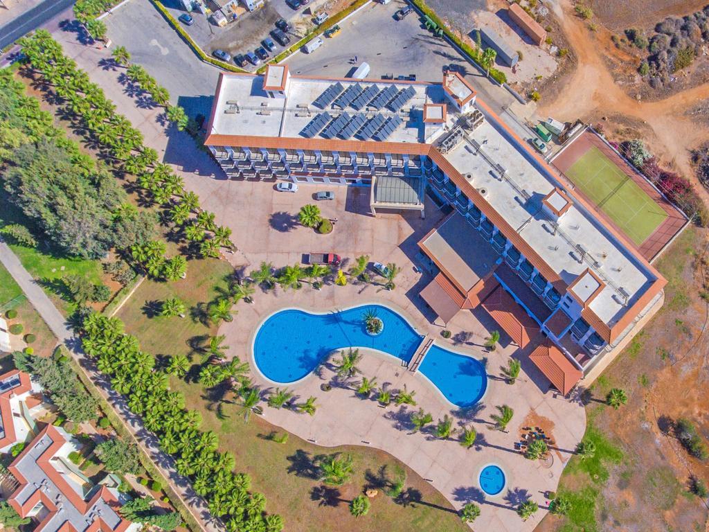 Отель, Anmaria Beach Hotel