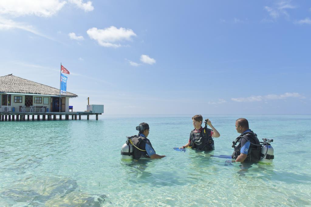 Горящие туры в отель Eriyadu Island Resort Северный Мале Атолл Мальдивы