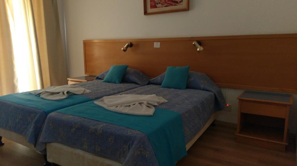 Отдых в отеле Daphne Hotel Apartments Пафос Кипр