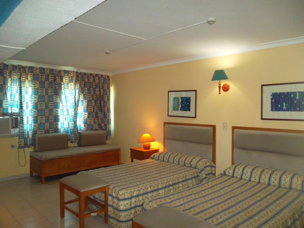 Відпочинок в готелі Gran Caribe Sunbeach Варадеро Куба