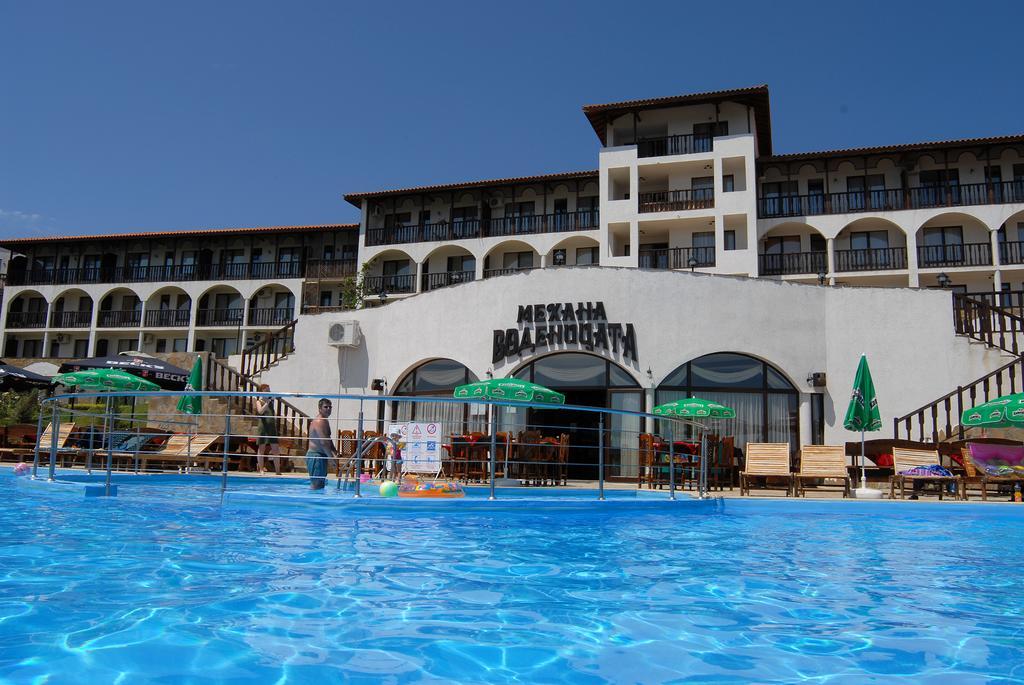Dinevi Resort Third Line, Свети-Влас, фотографии туров