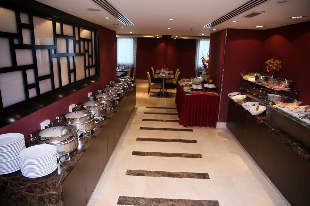 Al Hamra Hotel, ОАЭ, Шарджа