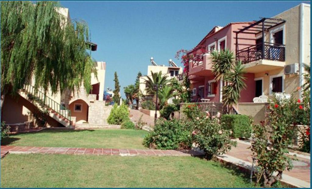 Тури в готель Porto Village Іракліон Греція