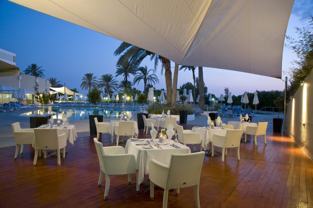 Louis Imperial Beach Hotel, Пафос, фотографии туров