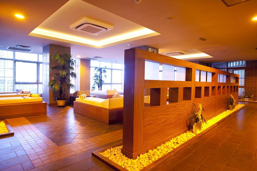 Гарячі тури в готель Limak Lara De Luxe Hotel & Resort Анталія Туреччина