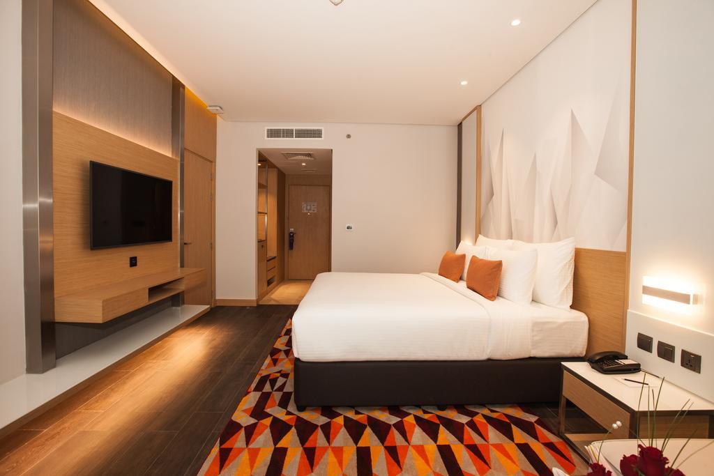 Отзывы гостей отеля Flora Inn Hotel