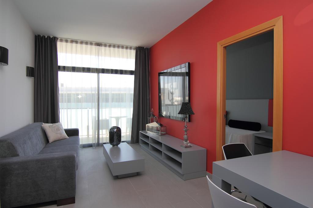 Відгуки гостей готелю Four Elements Suites