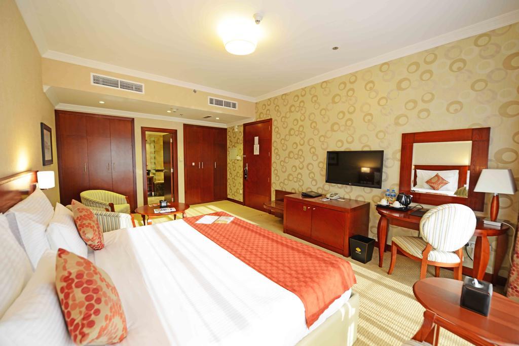 Отзывы об отеле Donatello Hotel Dubai