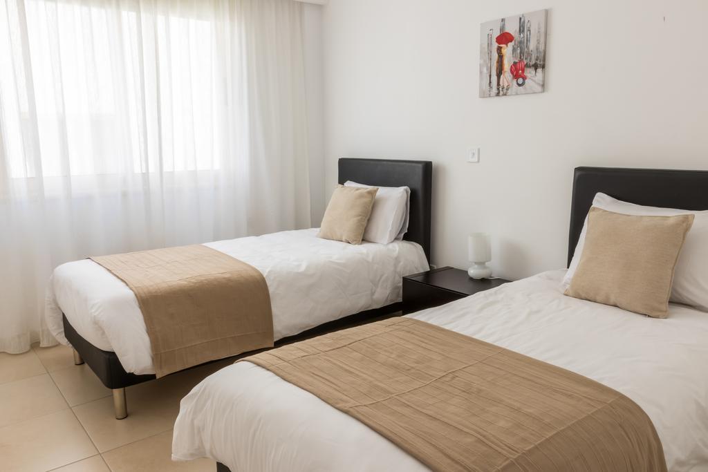 Горящие туры в отель Elysia Park Holiday Residences
