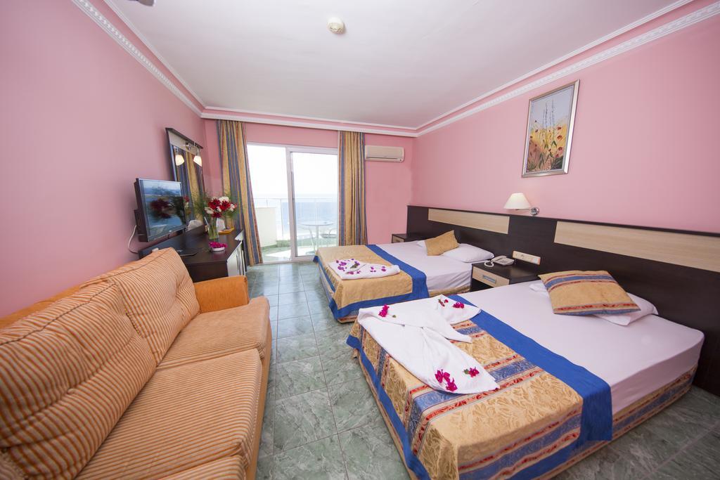 Отель, 5, First Class Hotel