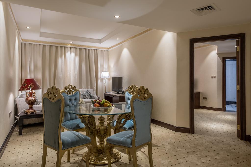 Шарджа Tulip Inn Al Khan Hotel