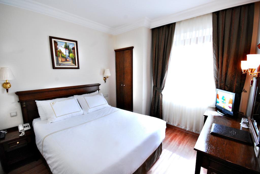 Горящие туры в отель Golden Crown Hotel Стамбул Турция