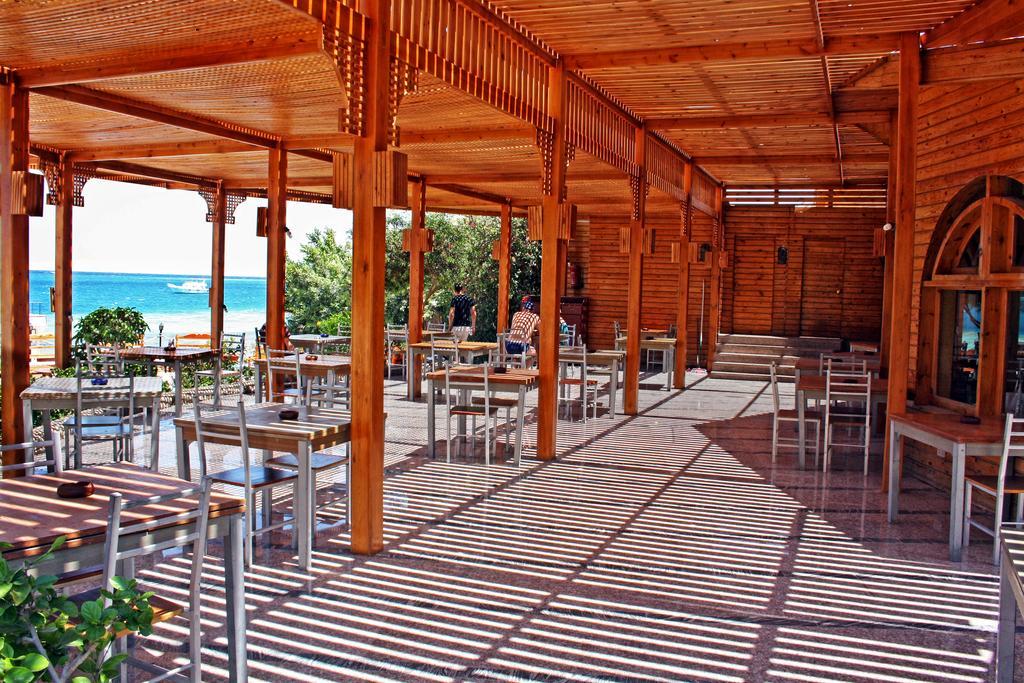 King Tut Aqua Park Beach Resort, Хургада, Египет, фотографии туров