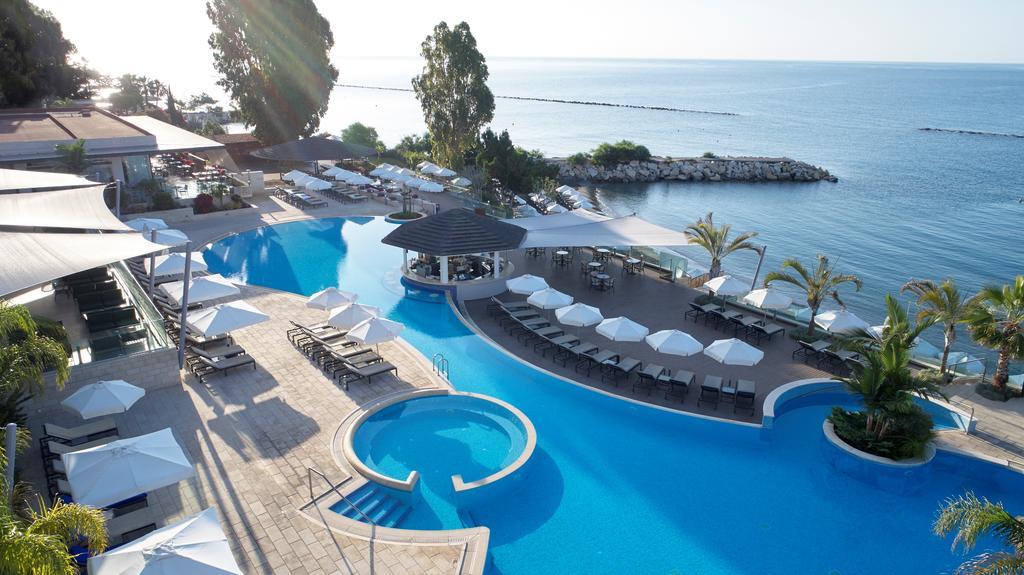 Горящие туры в отель The Royal Apollonia Лимассол