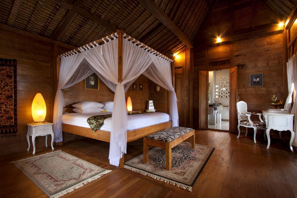 Keraton Jimbaran Resort, Джимбаран