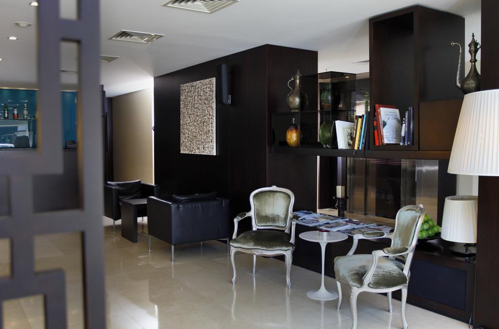 Отзывы гостей отеля Bentley By Molton Hotels