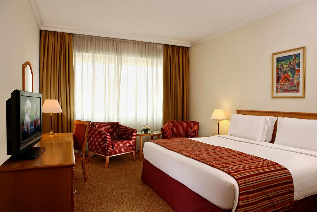 Туры в отель Swiss Belhotel Sharjah (Ex. Sharjah Rotana) Шарджа