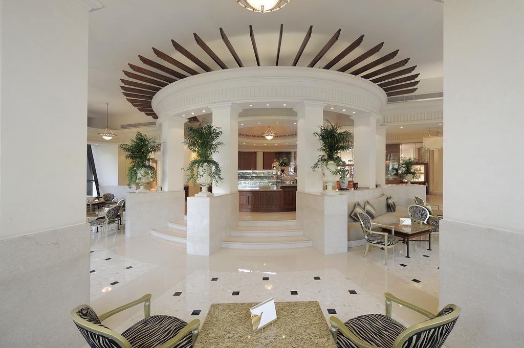 Гарячі тури в готель Le Royal Meridien Beach Resort & Spa Дубай (пляжні готелі)