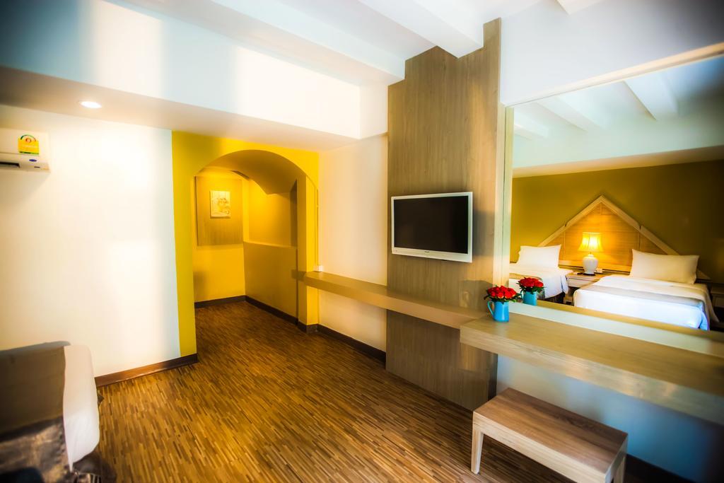 Отель, пляж Паттаи, Таиланд, Natural Park Resort