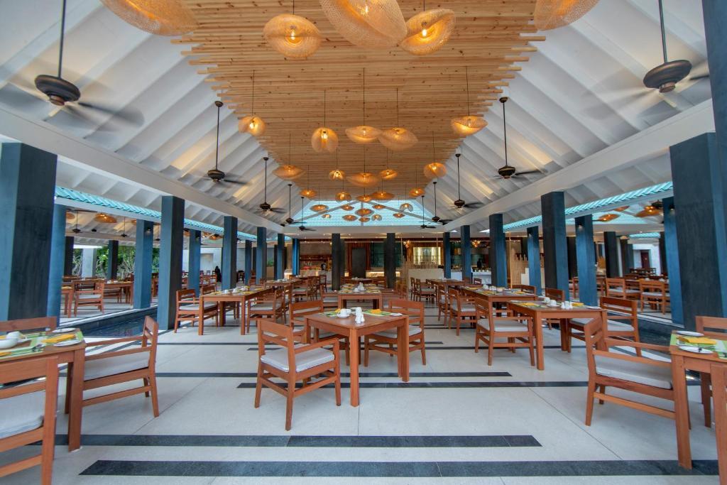 Furaveri Island Resort, фотограції туристів