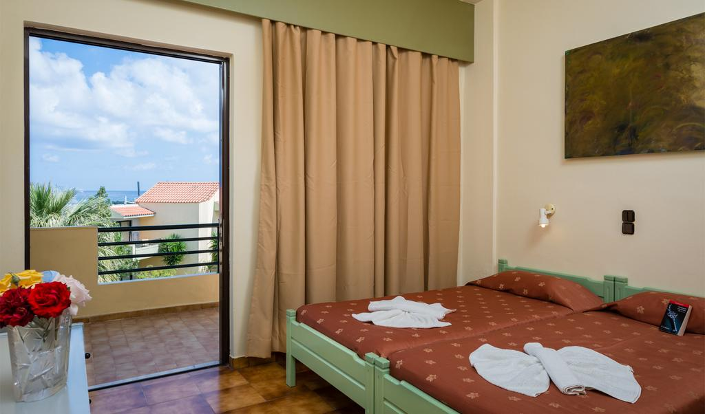 Nireas Hotel цена