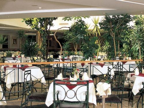 Горящие туры в отель Shams Safaga Beach Resort