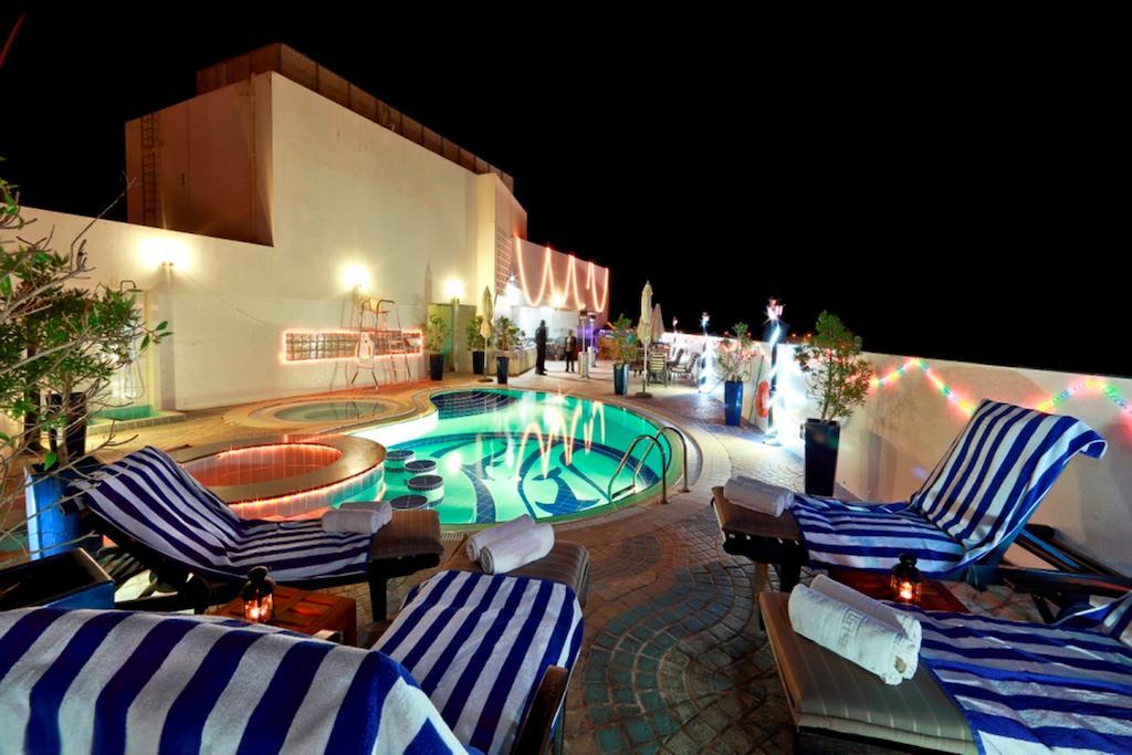 Отдых в отеле Howard Johnson Hotel Bur Dubai Дубай (город)
