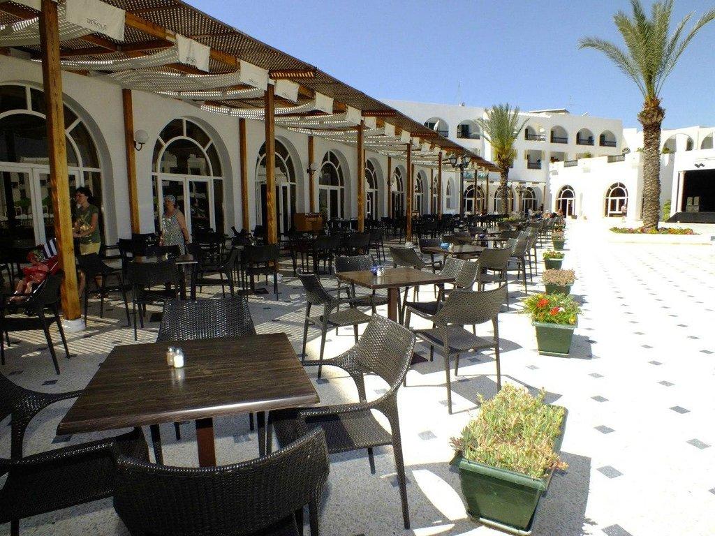 Горящие туры в отель Le Soleil Bella Vista Resort Hotel Монастир