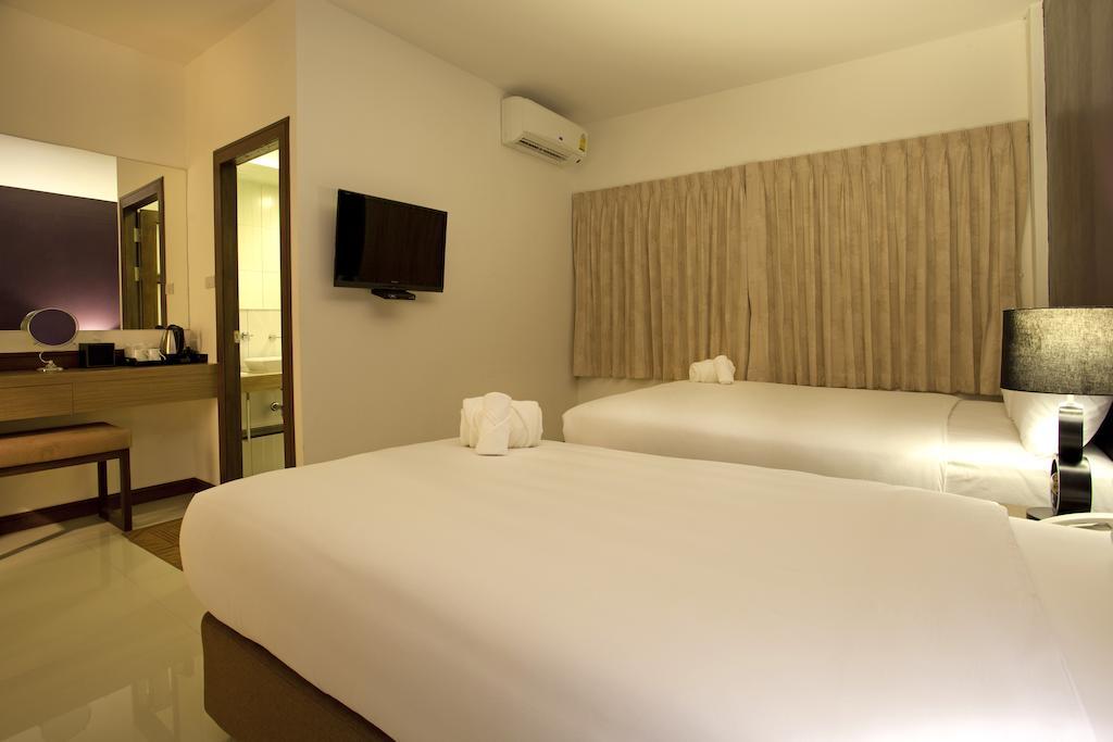 Таиланд Wiz Hotel