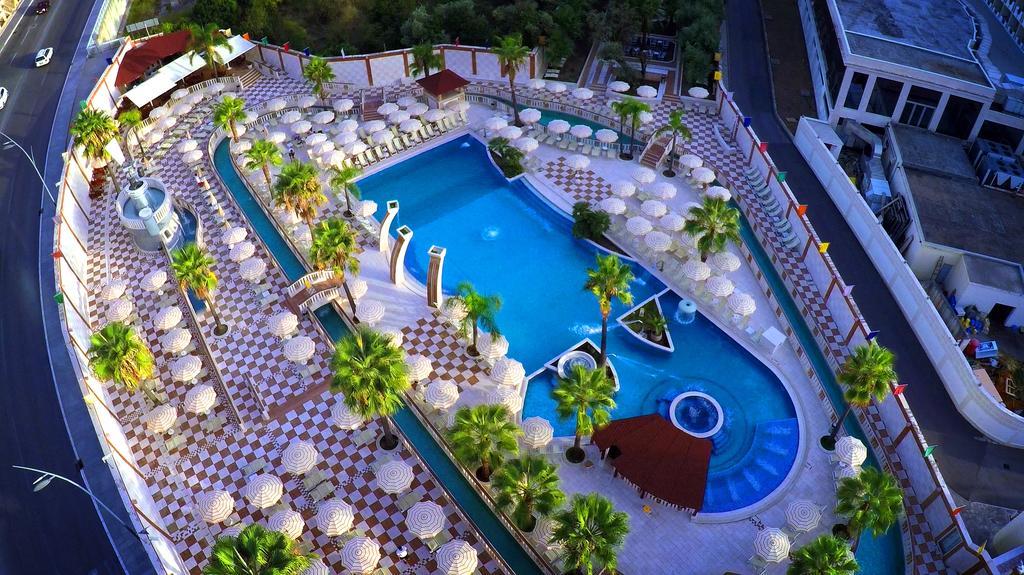 Mediteran Becici Hotel фото и отзывы