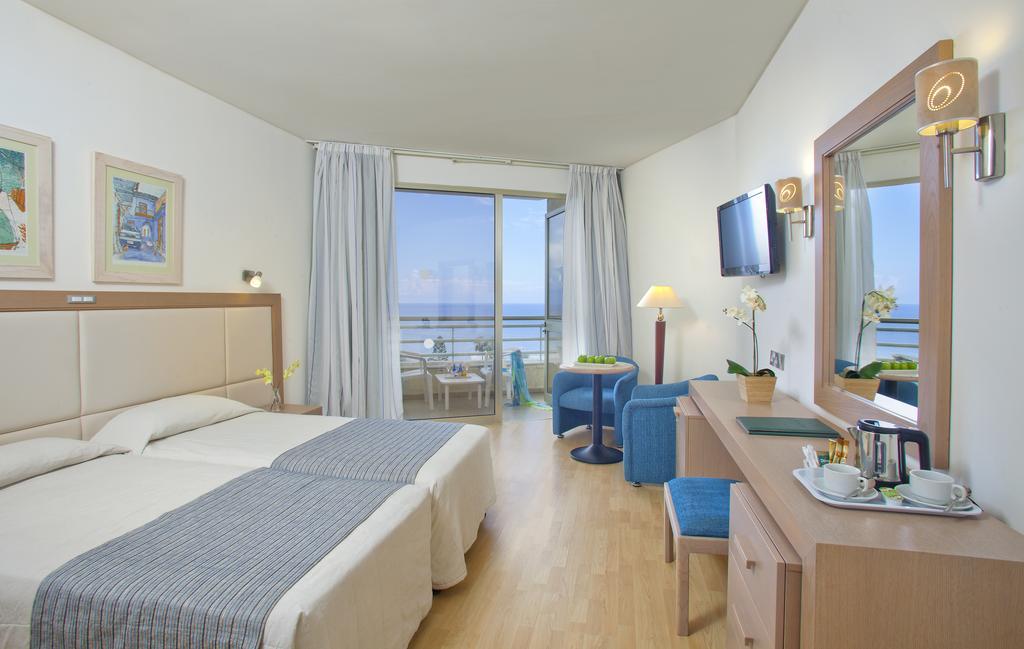Протарас Golden Coast Beach Hotel цены