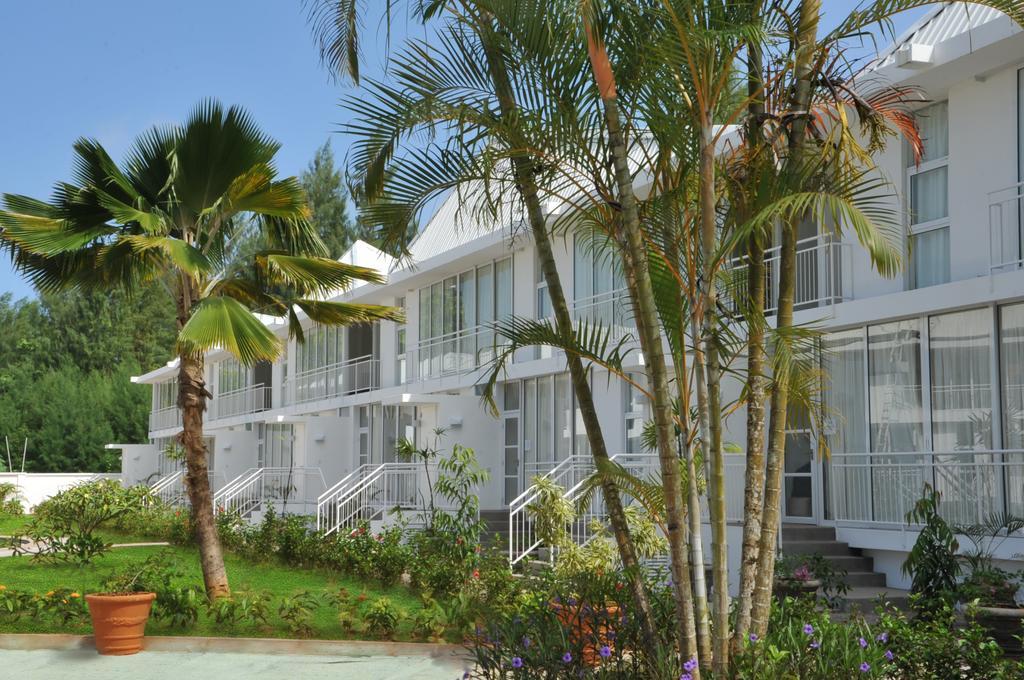 Горящие туры в отель Eden Luxury Apartments Маэ (остров)