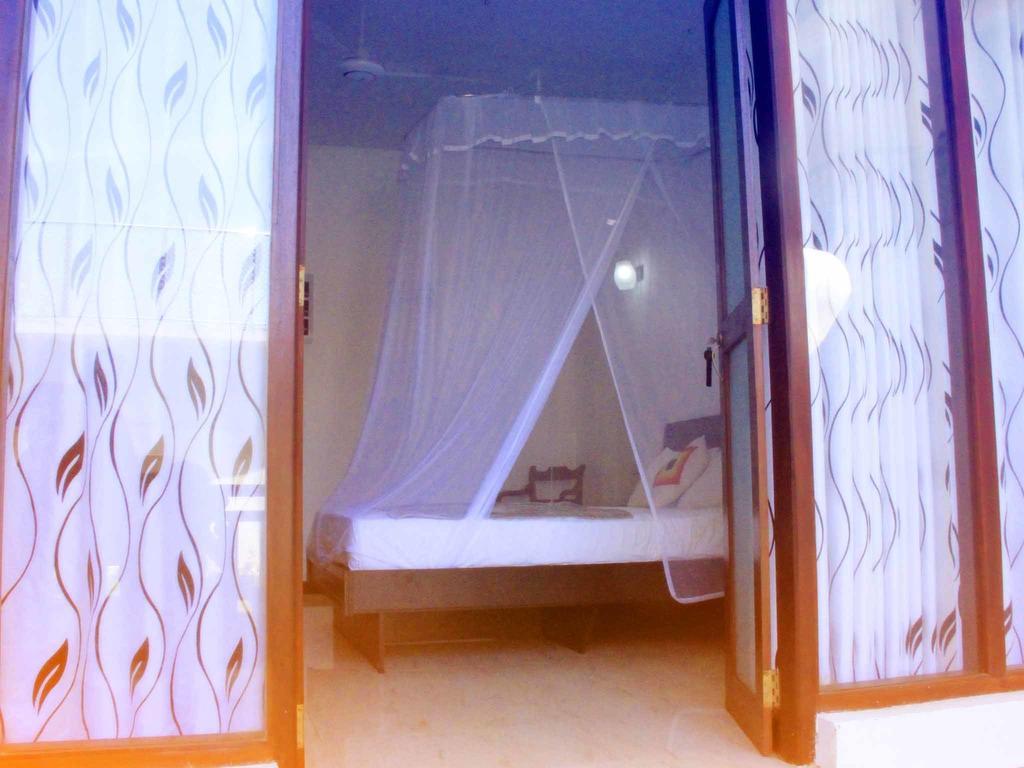 Neptune Bey Hotel, Шри-Ланка