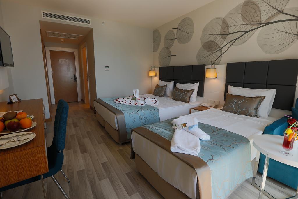 Відпочинок в готелі Xoria Deluxe Hotel