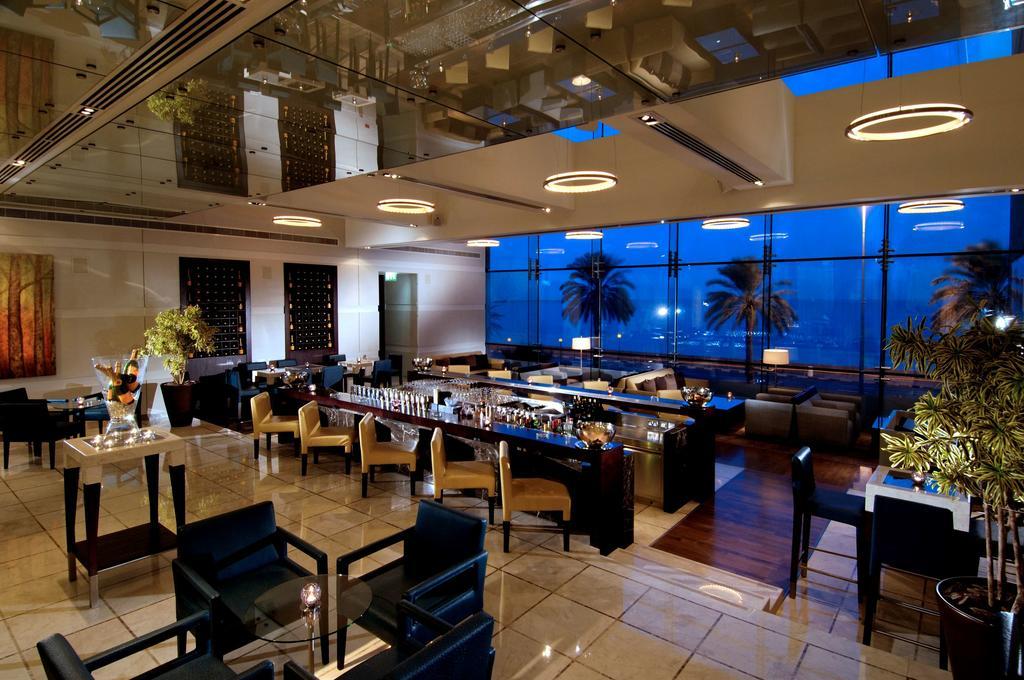 Дубай (город) Hyatt Regency Dubai цены