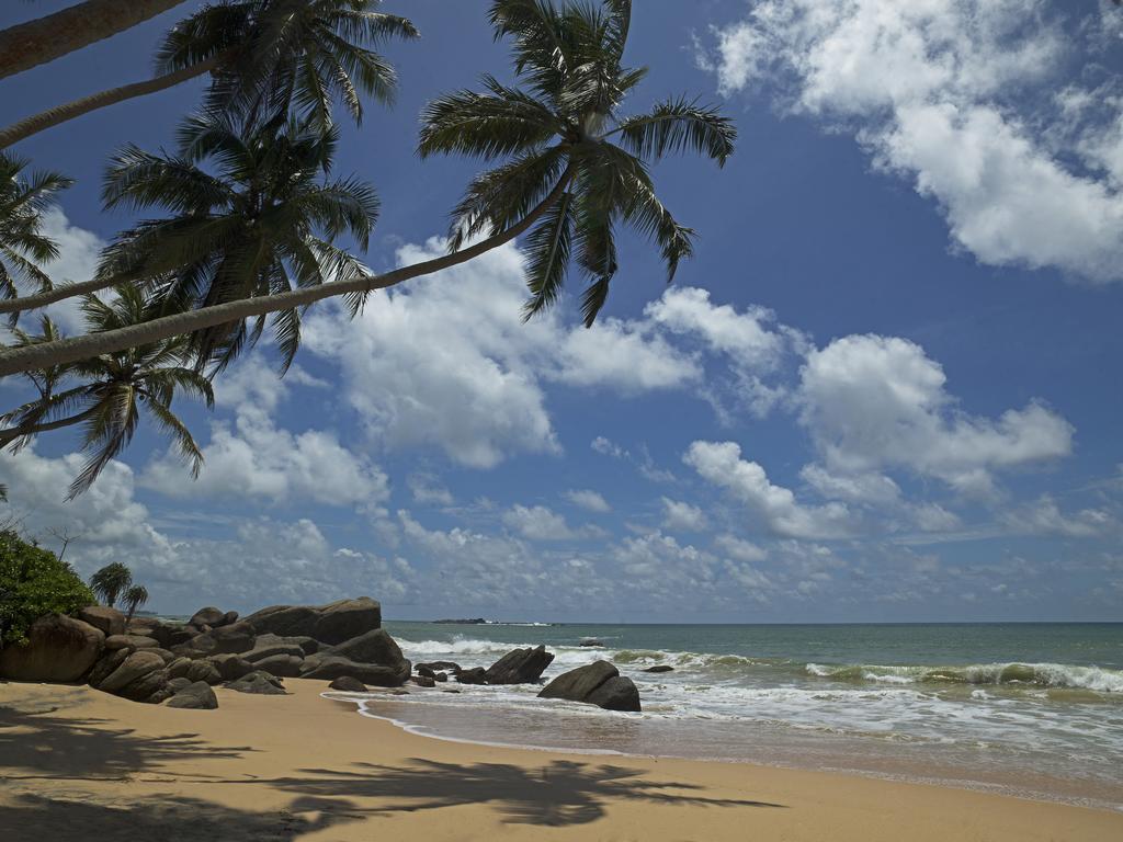Отдых в отеле Hotel J Ambalangoda (ex. Juce Ambalangoda, Dream Beach Resort)