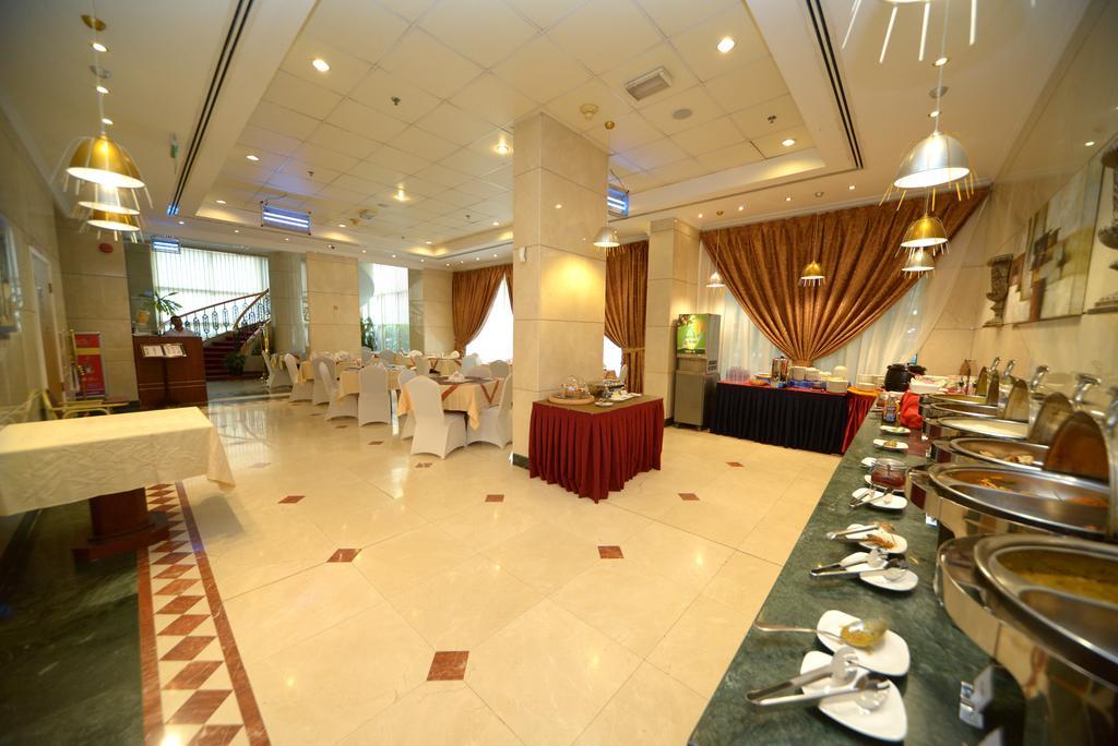 Горящие туры в отель Nejoum Al Emarate Hotel Sharjah Шарджа ОАЭ