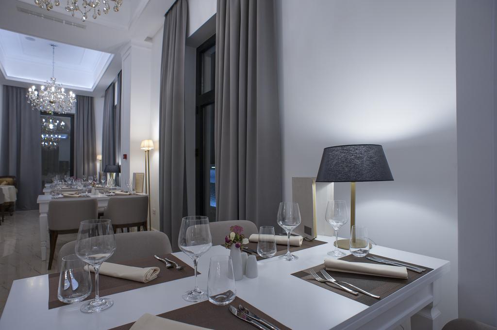 Moskva Hotel Черногория цены