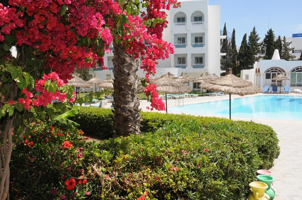 Отзывы гостей отеля Menara Hotel