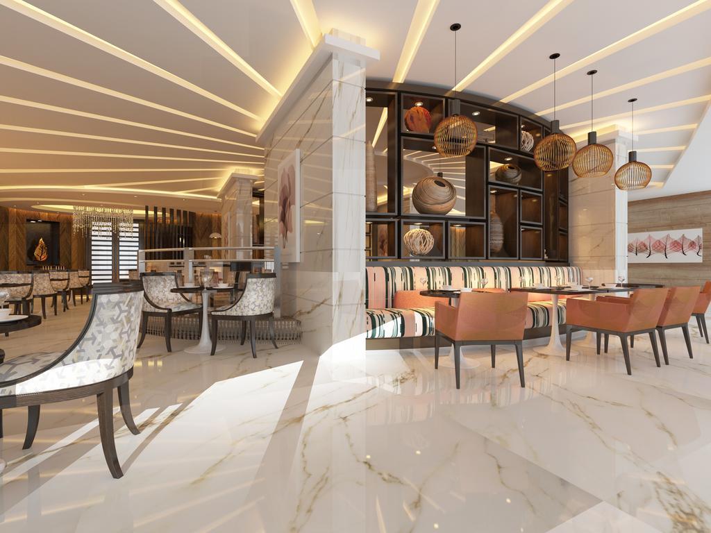 Radisson Blu Hotel Dubai Waterfront фото туристов