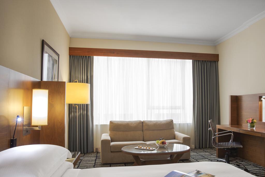 Jumeirah Rotana Hotel, Дубай (місто) ціни